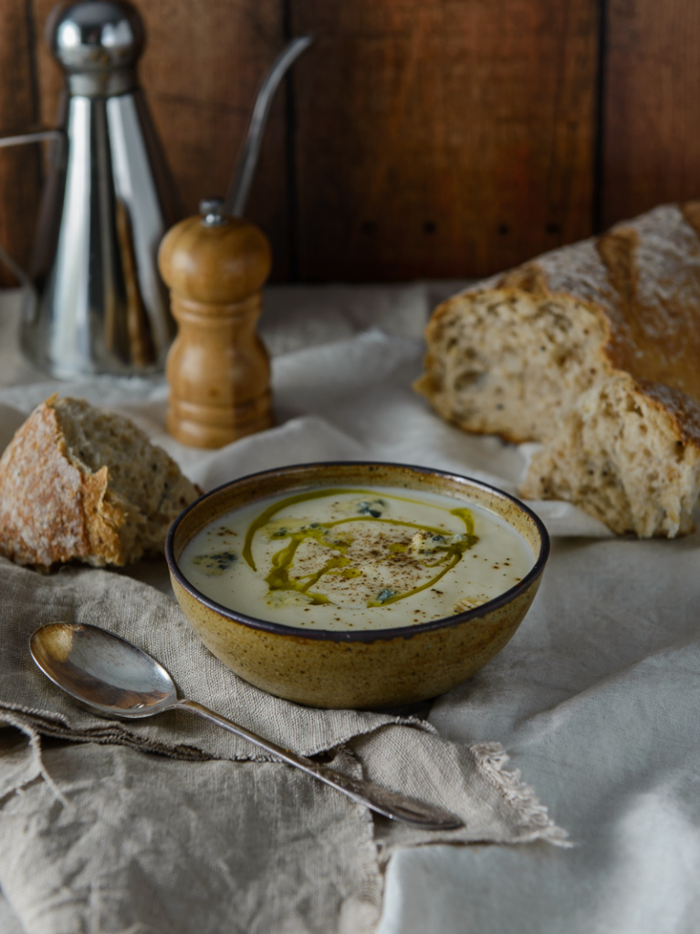 Cauliflower & Blue Cheese Soup