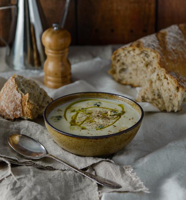 Cauliflower & Blue Cheese Soup